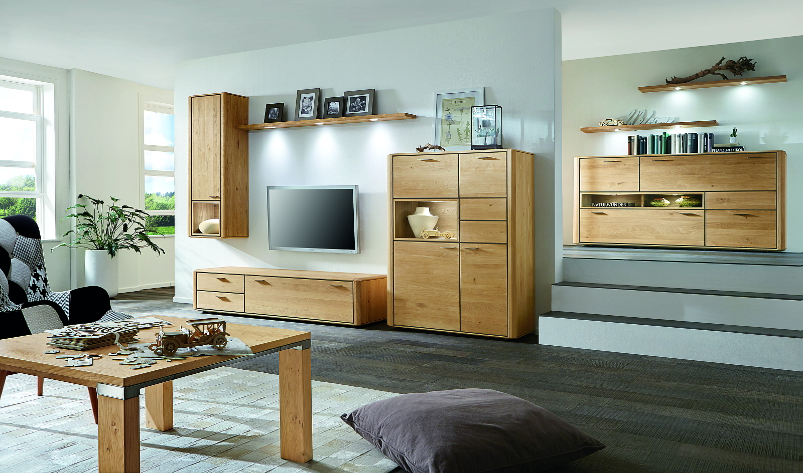 venjakob m bel2018 esstisch vitrine albero. Black Bedroom Furniture Sets. Home Design Ideas